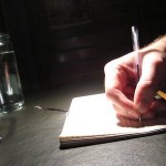 Membuat Tulisan Feature